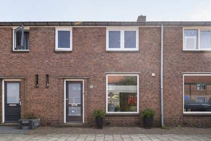 Van Ostadestraat 19 in Deventer 7412 RP
