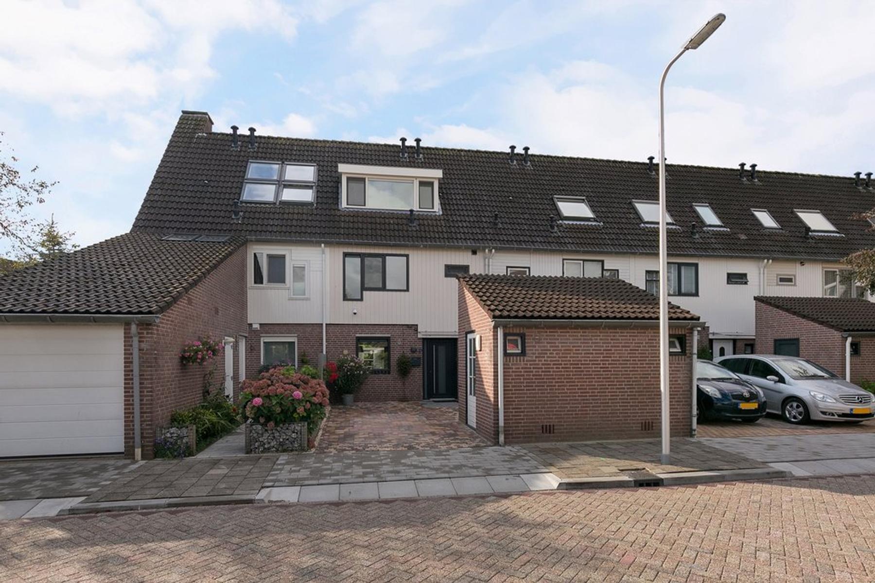 Max Havelaarburg 28 in Capelle Aan Den IJssel 2907 HH