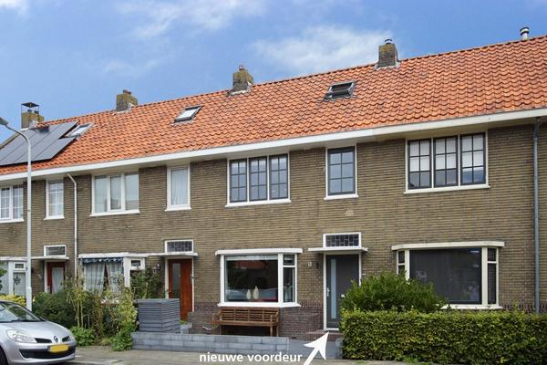Jan Van Nassaustraat 35 in Sneek 8606 BA