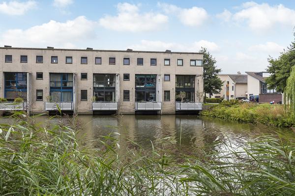Flierveld 77 in Nieuw-Vennep 2151 LE
