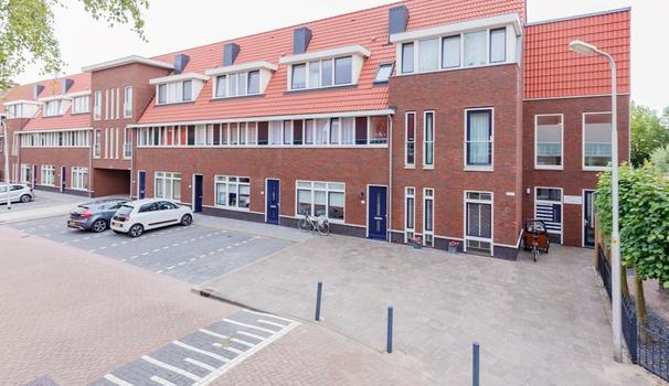 H. Reptonstraat 24 in Velserbroek 1992 JG