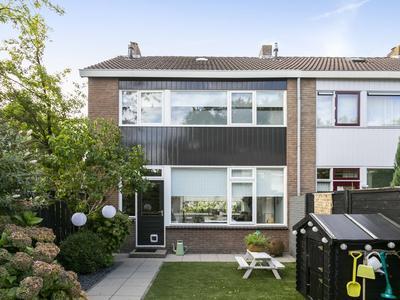 Zwaluwstraat 2 in Vaassen 8172 EZ