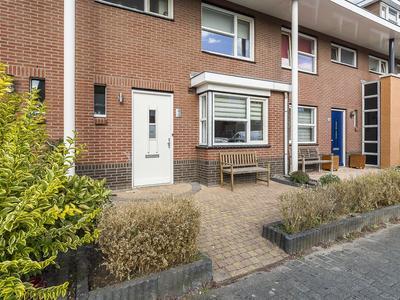 Figarolaan 45 in Nieuw-Vennep 2152 JG
