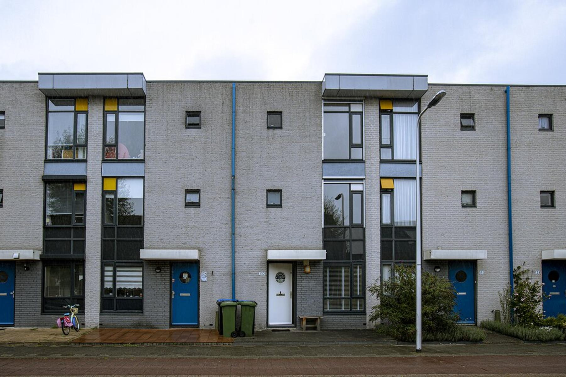 Wilhelmina Van Pruisenlaan 132 in Gouda 2807 KD