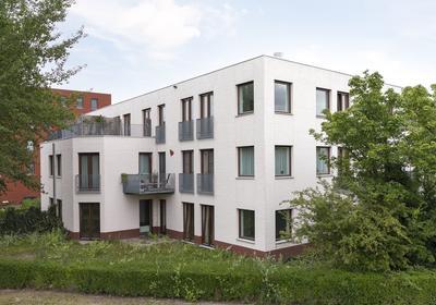 Penthouse met dakterras aan de Achterwerf in Almere Haven