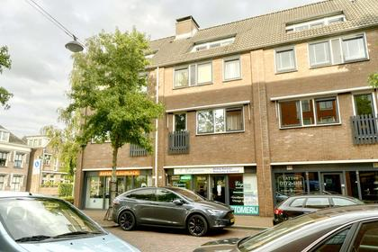 Julianastraat 108 in Alphen Aan Den Rijn 2405 CJ