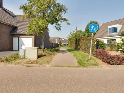De Lingst 7 in Haelen 6081 GK