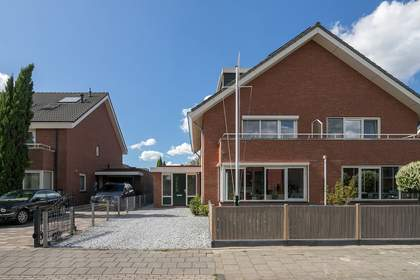 Hertenburg 45 in Barendrecht 2994 CA