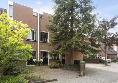 Stapelen 44 in 'S-Hertogenbosch 5235 GZ