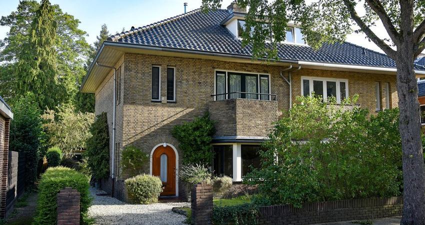 Gerardus Gullaan 1 in Hilversum 1217 LM