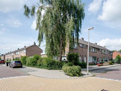 Suze Groenewegstraat 29 in Purmerend 1442 NA