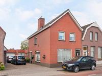 Raadhuisstraat 62 in Rucphen 4715 CE
