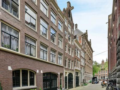 Driekoningenstraat 11 A in Amsterdam 1016 AL