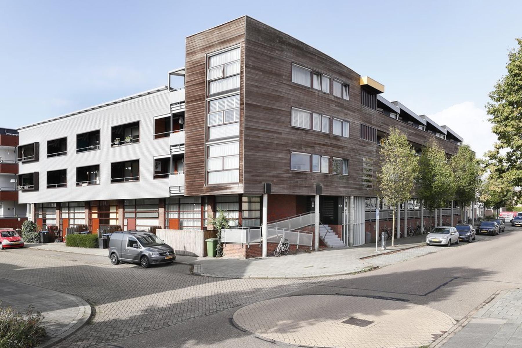Dommelstraat 153 in 'S-Hertogenbosch 5215 BL
