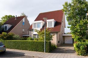 Esdoornstraat 4 in Steenderen 7221 GA
