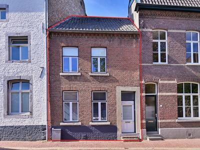 Helstraat 37 in Sittard 6131 CZ