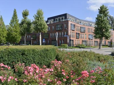 Prins Bernhardlaan 19 in Amstelveen 1182 BE