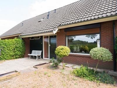 Kwakstraat 6 A En B in Westendorp 7054 AN