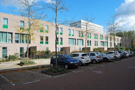 Bart Poesiatstraat 13 + Pp in Amsterdam 1069 RV
