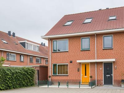 Saffierlaan 2 in Rhoon 3162 PL