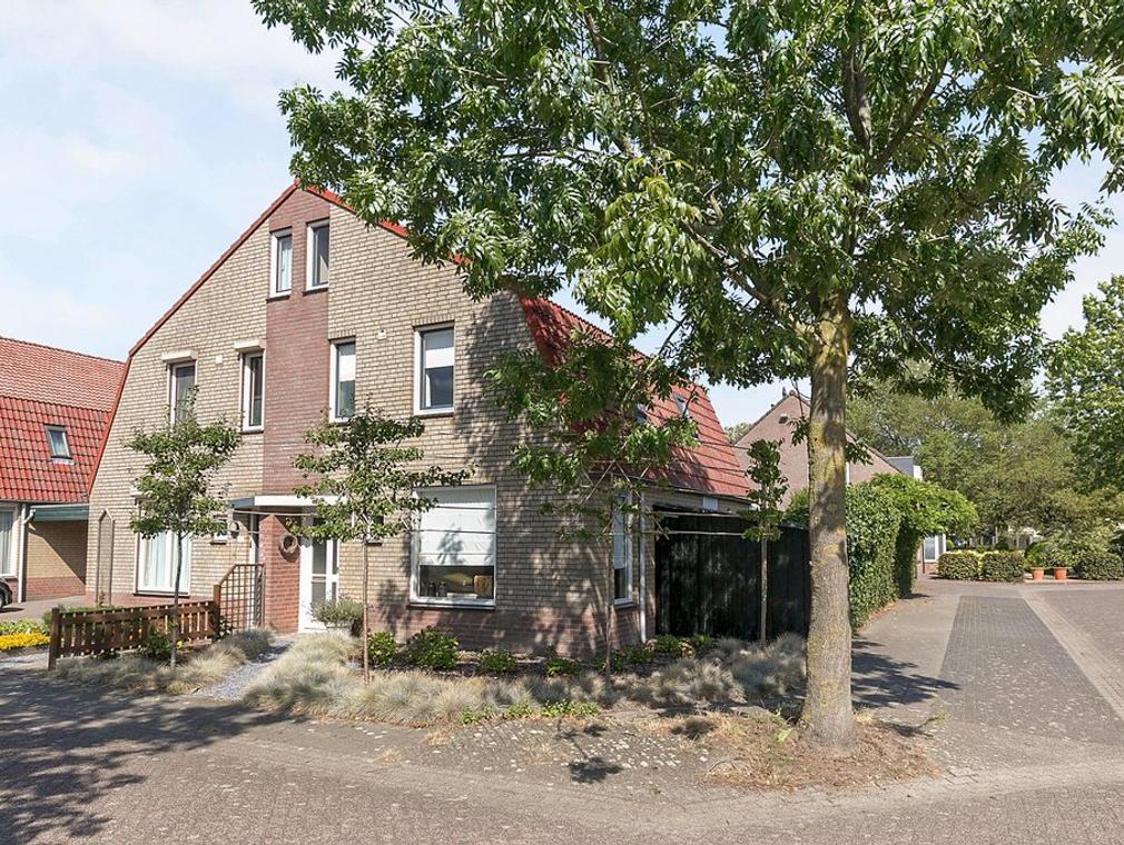 Zonnedauw 24 in Deurne 5754 GH