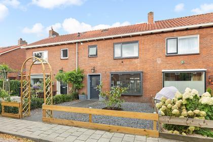 Acacialaan 27 in Loosdrecht 1231 BS