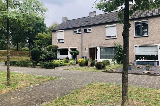 Johannes Vermeerlaan 4 in Helmond 5702 BM