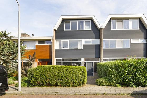 Don Boscolaan 8 in Amstelveen 1185 CB