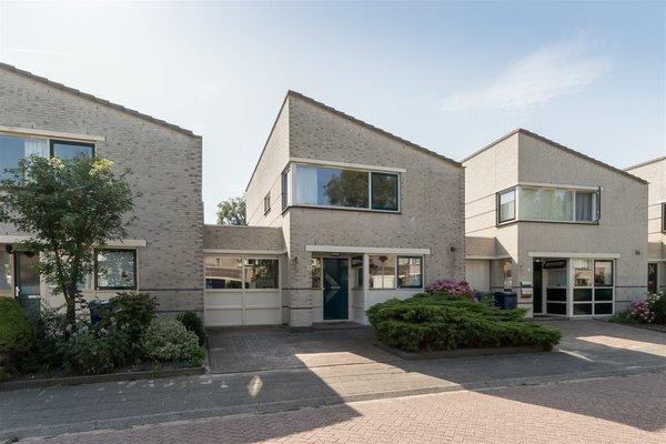 Capricciostraat 15 in Almere 1312 SE