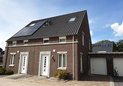 Voorthof 5 in Riethoven 5561 BE