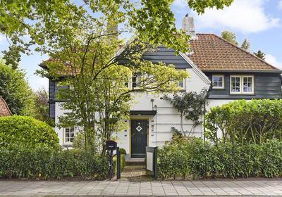 Kerkstraat 55 in Wassenaar 2242 HD