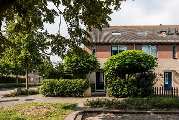 Lubitschstraat 42 in Almere 1325 RW