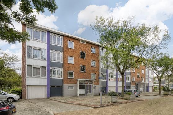Louis Couperusstraat 20 in Heemskerk 1962 GR