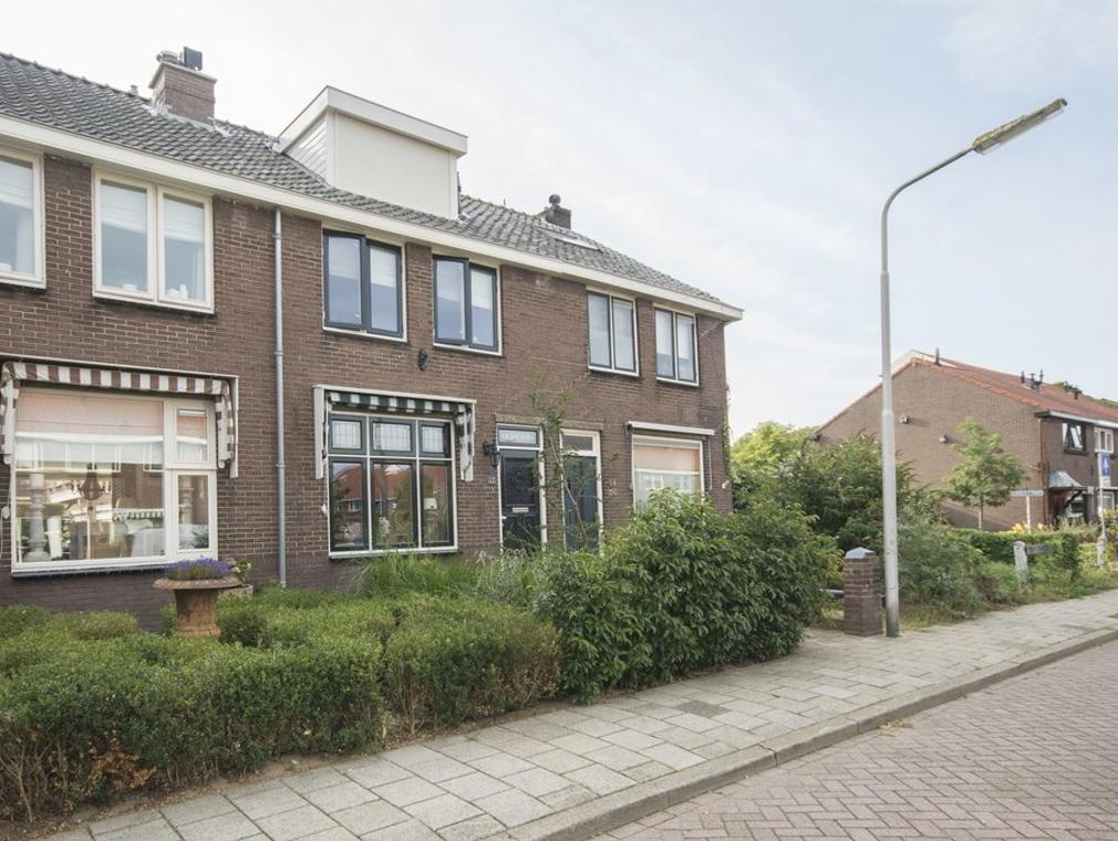 Von Lindernstraat 13 in Alblasserdam 2951 AT