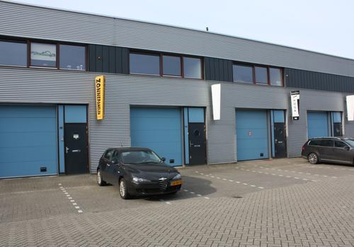 Veenderveld 96 in Roelofarendsveen 2371 TX