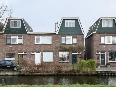 Emmakade 104 in Bodegraven 2411 JG