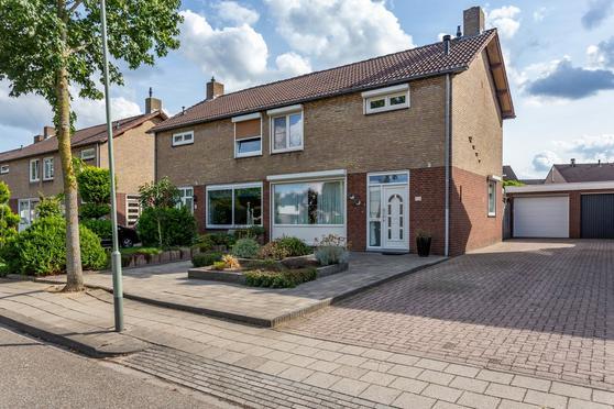 Jacques Schreursstraat 6 in Melick 6074 CS