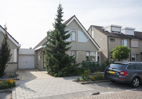 Mattenbies 38 in Nieuw-Lekkerland 2957 RJ