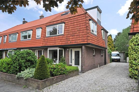 Neuweg 282 in Hilversum 1215 JG