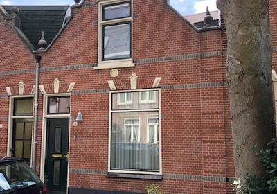 Eendrachtstraat 19 in Woerden 3441 AP