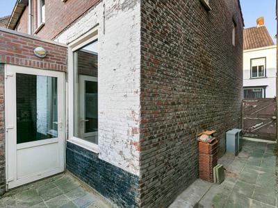 Sint Janstraat 45 in Oosterhout 4901 LS