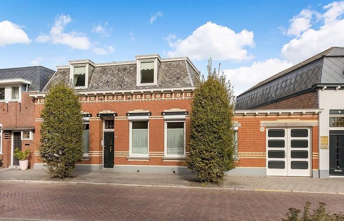 Stationsstraat 3 in Oudenbosch 4731 GM