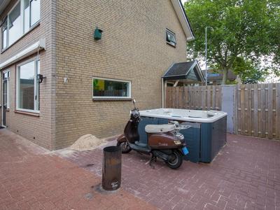 Coragestraat 49 in Elburg 8081 XG