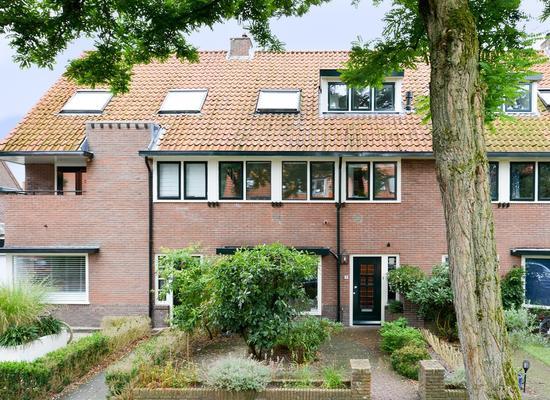 Multatulilaan 19 in Hilversum 1215 BG