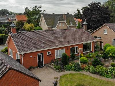 Van Den Houtestraat 26 in Rucphen 4715 AK