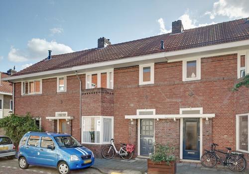 Moliusstraat 33 in 'S-Hertogenbosch 5212 TN