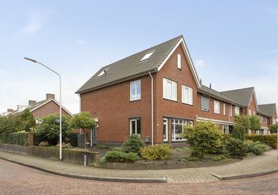 In D' Hoef 28 in Hoogerheide 4631 MJ