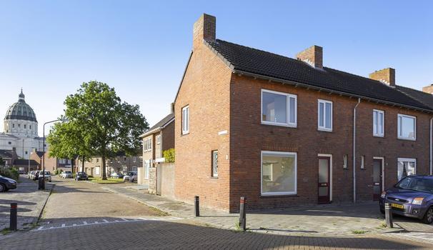 Rooseveltstraat 31 in Oudenbosch 4731 KG