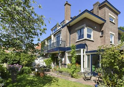 Laan Van Poot 168 in 'S-Gravenhage 2566 EG