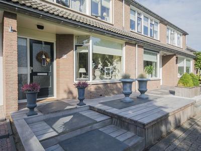 Moelnaerstraat 15 in Hardinxveld-Giessendam 3371 HW